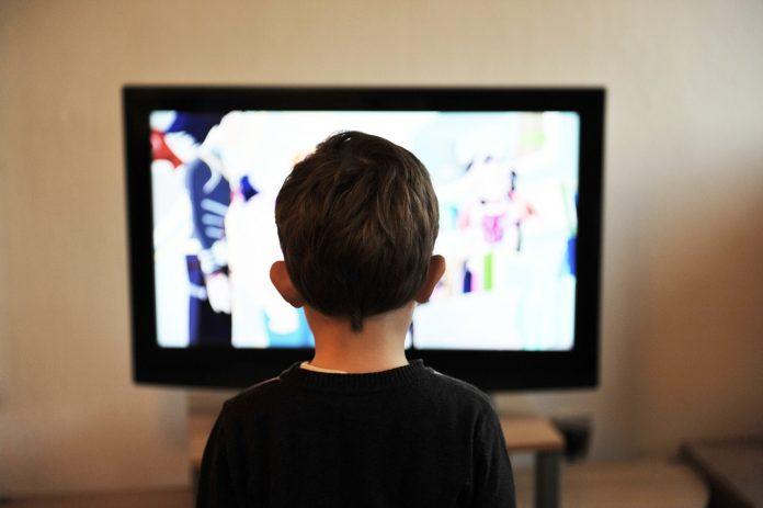 Best IPTV Service Providers Guide 2019 | Tech Update