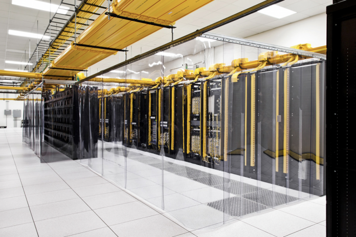 Bare Metal vs Virtual Machine Cloud: Which is Right For Your Business?